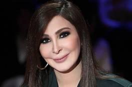 """إليسا تثير جدلا واسعا بسبب رأيها في """"أكسجين سوريا"""" المقدم للبنان"""