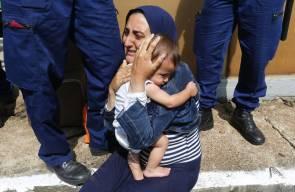 بالصور.. نضال الأمهات المهاجرات من أجل مستقبل أطفالهن