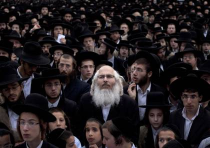 لا يشعرون بالانتماء للبلاد.. استطلاع راي: ثلث اليهود يرغبون بالهجرة من إسرائيل