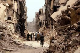 """وفد """"م.ت.ف"""" يتفقد مخيم اليرموك ويتعهد بإعادة إعماره مع الدولة السورية"""