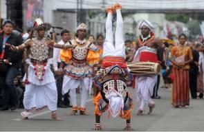 كرنفال في مدينة باندونج الشهيرة في اندونيسيا