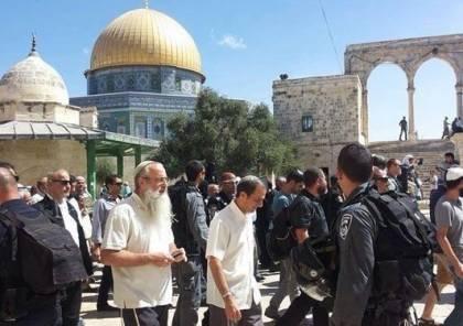الاحتلال يغلق المسجد الأقصى واقتحامات جديدة المستوطنين يقودها قائد شرطة الاحتلال