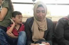 """تمديد اعتقال والدة الشهيد ابو غنام بتهمة """"التحريض"""" عبر فيسبوك"""