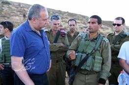 """ليبرمان: مشروع بناء الجدار على طول حدود غزة يثبت نفسه كل يوم"""""""