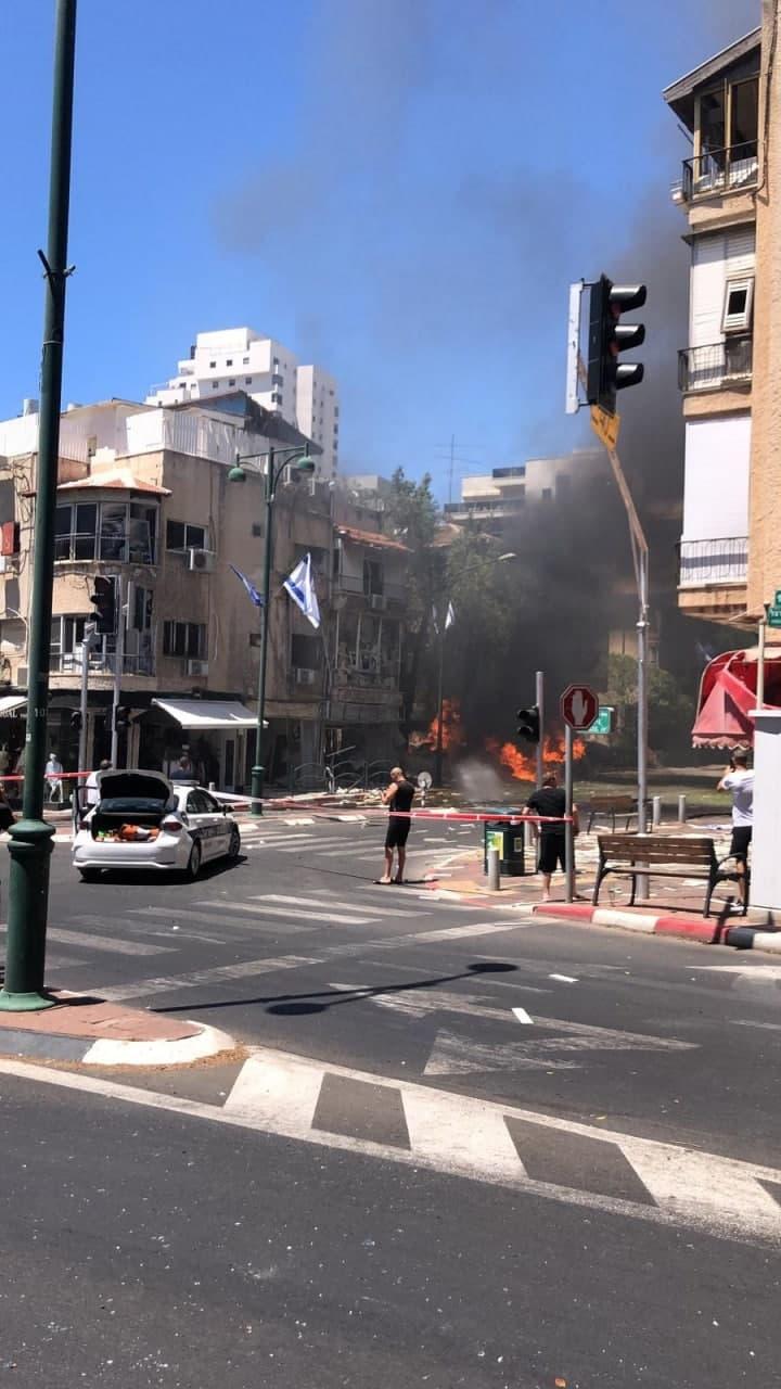 سقوط صاروخ أطلق من قطاع غزة في رمات جان تل ابيب