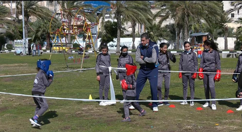 فتيات من غزة يقتحمن رياضة الملاكمة
