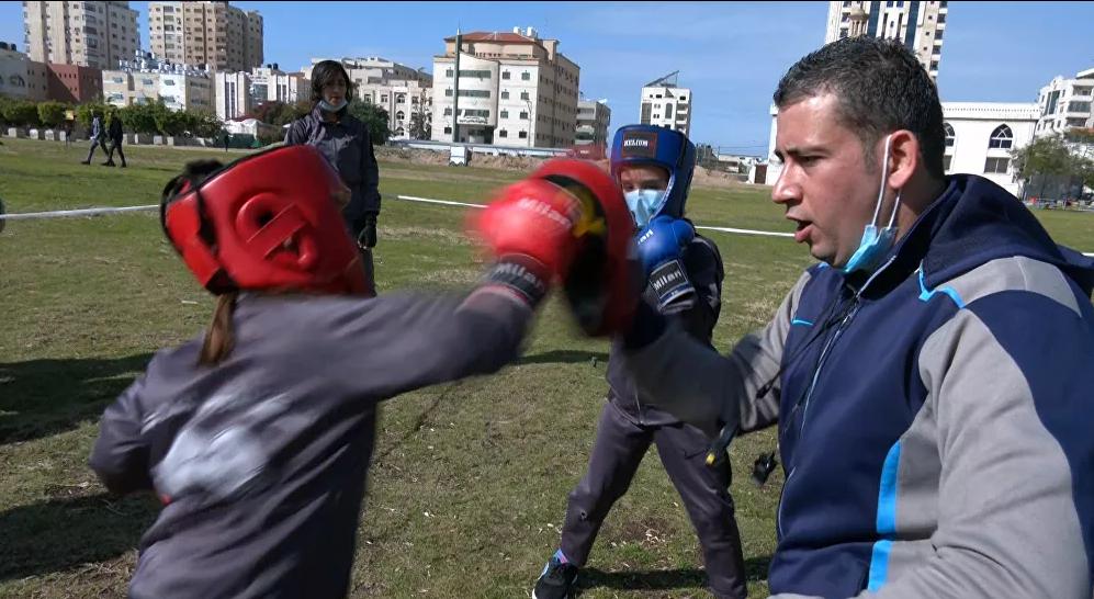فتيات من غزة يقتحمن رياضة الملاكمة2
