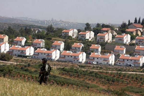البرلمان الأوروبي يدعو اسرائيل لوقف الاستيطان فورا