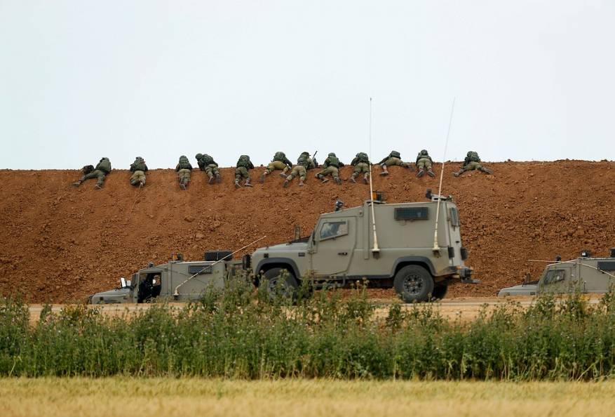 الاحتلال يعلن تفجير عبوات ناسفة على حدود غزة - سما الإخبارية