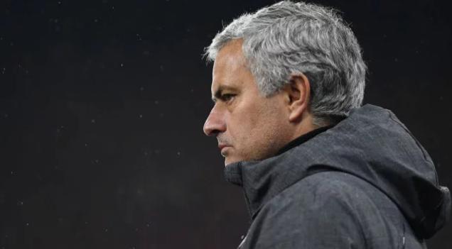 مورينيو: يوجد مشكلة في مانشستر يونايتد قبل مواجهة إشبيلية - سما الإخبارية