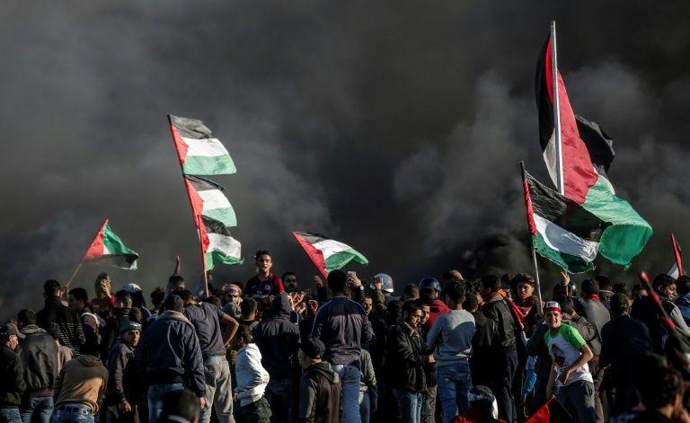 مسؤول رفيع في غزة: الفصائل بما فيها حماس، تطالب بتحويل المزيد من الأموال القطرية
